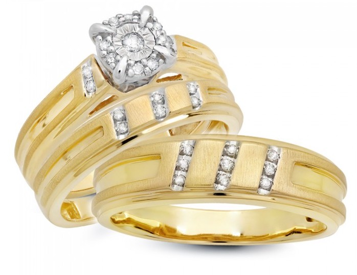 What is a Wedding Ring Trio Set?